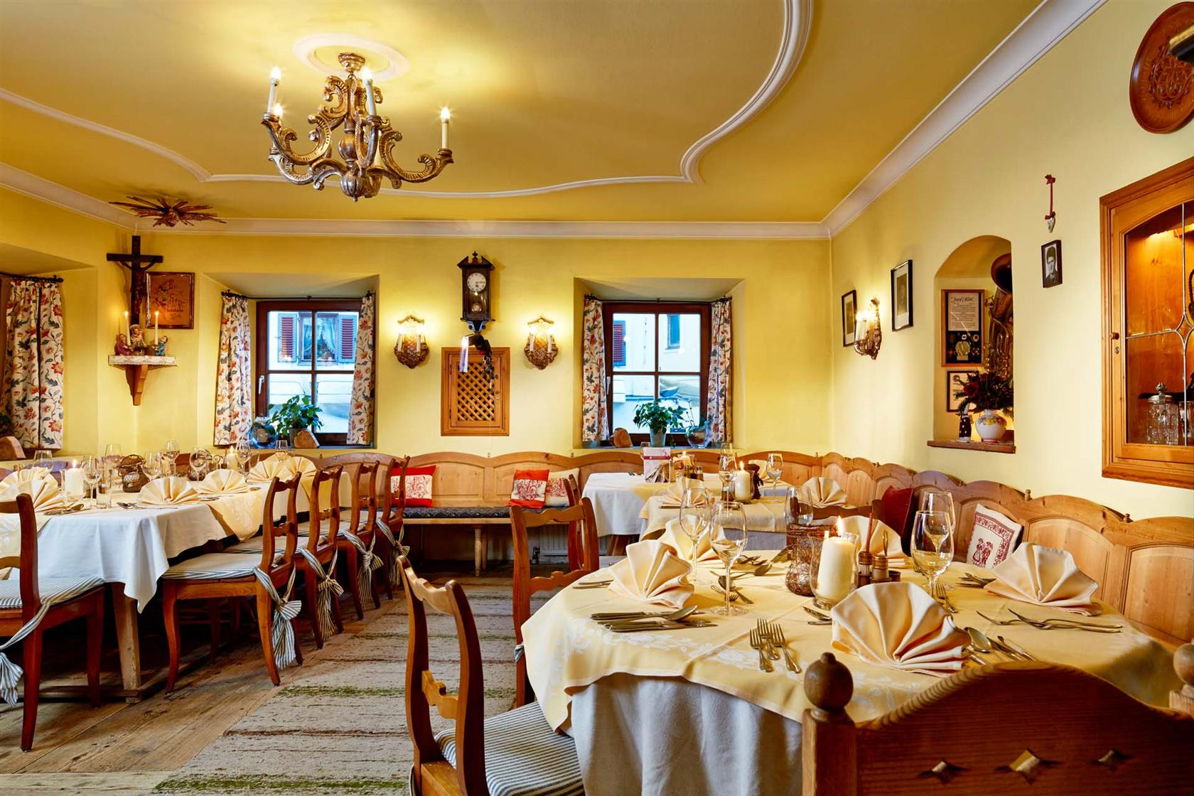 Romantic hotel in zell am see 4 romantikhotel for Living room zell am see
